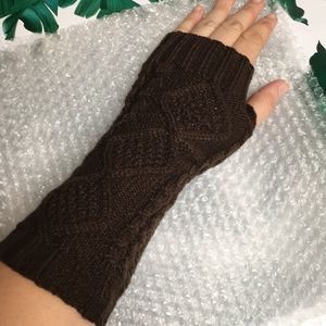 Hand and Arm Warmers